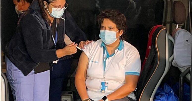 """""""Inician la vacunación contra el COVID-19 para los trabajadores del transporte público"""""""