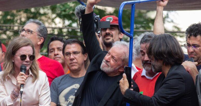 Tribunal Supremo anula condenas de Lula y podría ser candidato presidencial