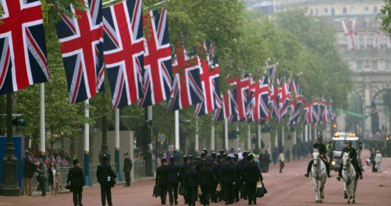Comienza la despedida del duque de Edimburgo con salvas nacionales a mediodía