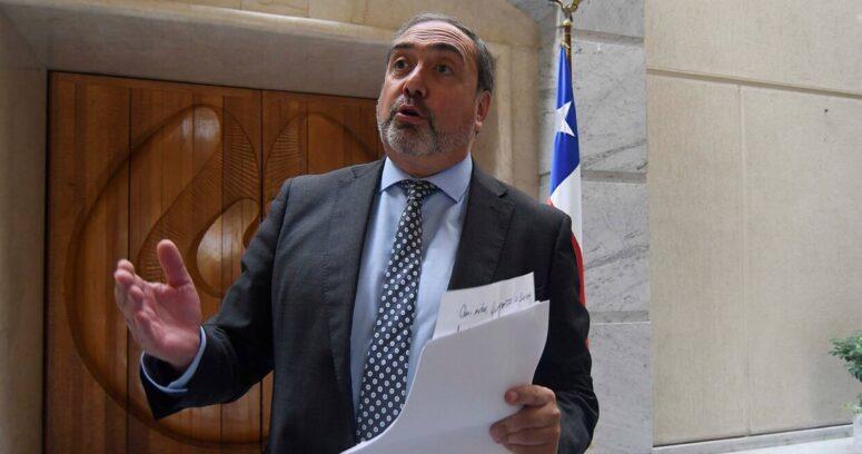 """Senador chileno desafía a Alberto Fernández por vacunas: """"Deje de lado el orgullo"""""""