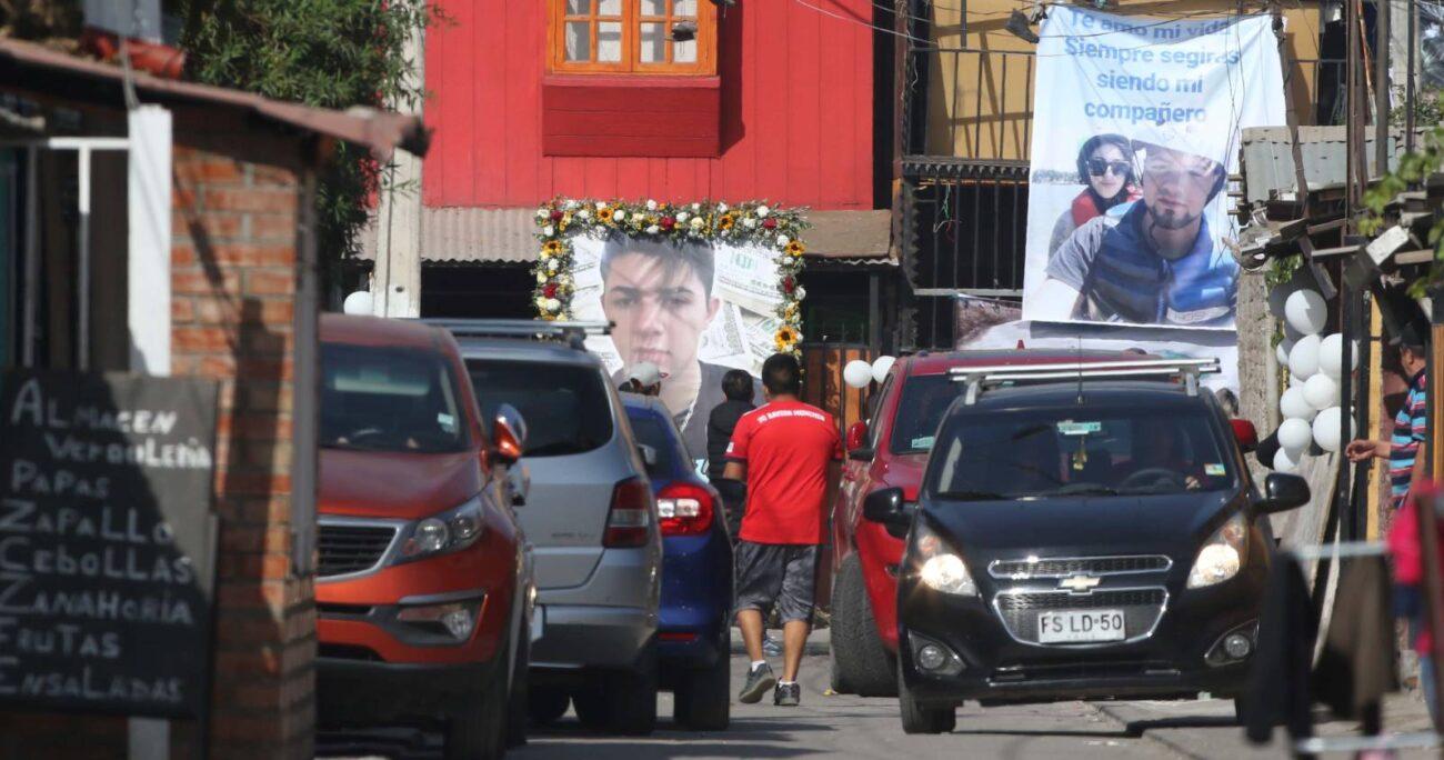 El velorio de Bastián López Reyes se llevó a cabo en su hogar, mismo lugar donde fue acribillado por un miembro de una banda rival. AGENCIA UNO/ARCHIVO