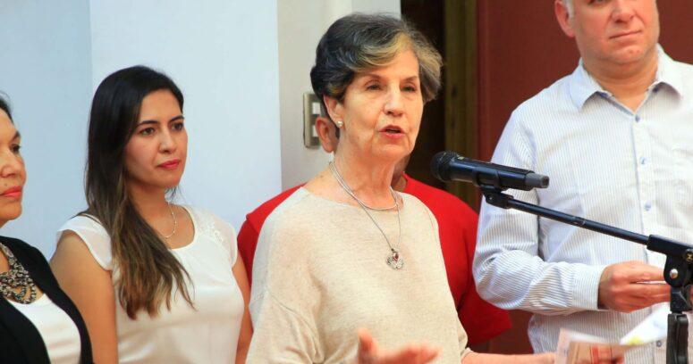 El polémico meme de la senadora Isabel Allende contra Sebastián Piñera