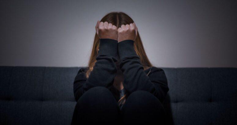 Presentan curso gratuito para la prevención del suicidio en comunidades educativas