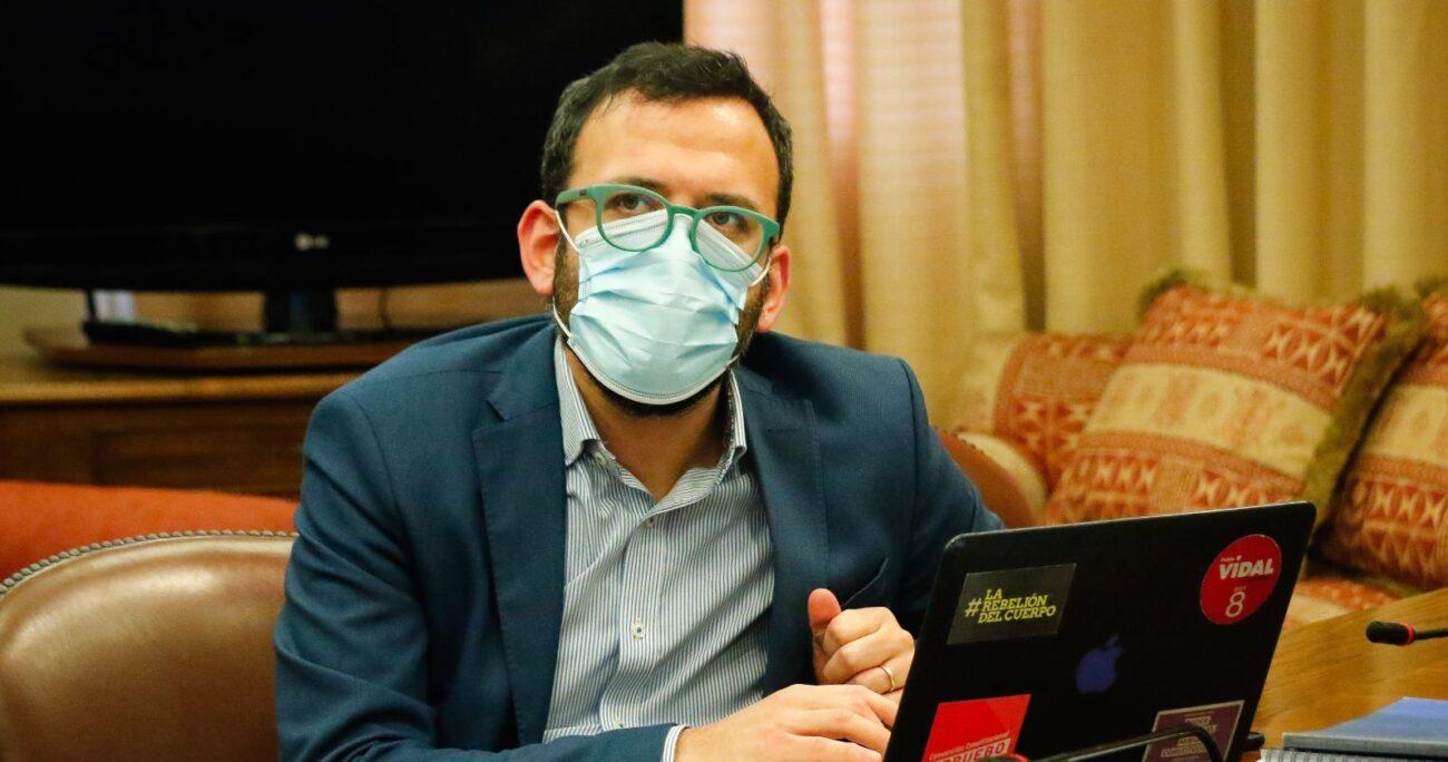 Pablo Vidal era militante de RD, partido que renunció junto a Natalia Castillo. AGENCIA UNO/ARCHIVO