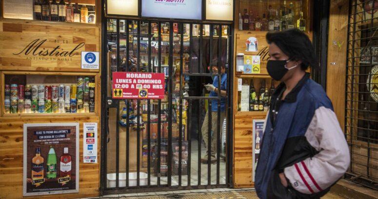 Botilleros aseguran que no cerrarán: también venden bienes esenciales