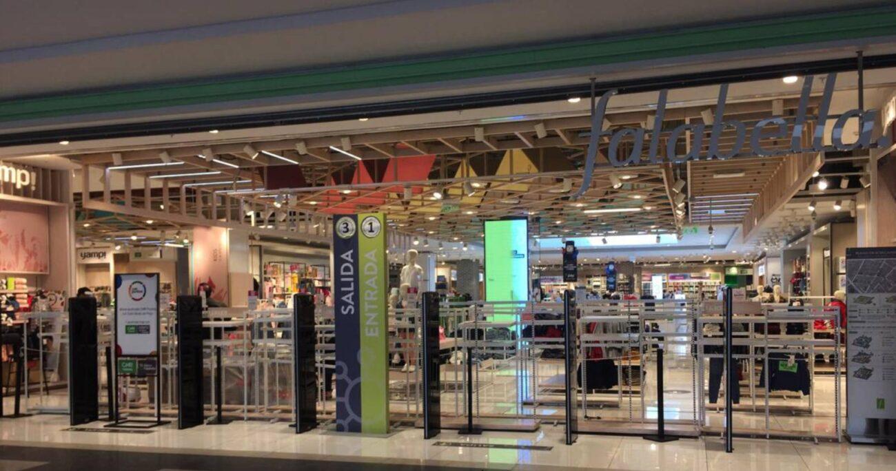 Se estima que en las tiendas que cerraron trabajaban cerca de 500 empleados.(Agencia UNO/Archivo)