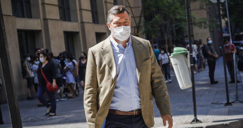 Bono por hasta seis meses: la alternativa de Sebastián Sichel ante avance de tercer retiro