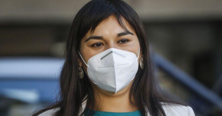 Izkia Siches desmitió a Paris y aseguró que el Colegio Médico no apoyó el permiso de vacaciones