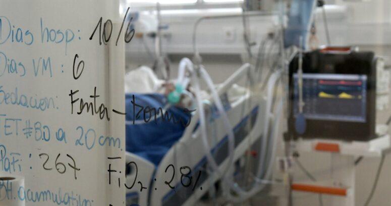 Minsal destinará tres hospitales de Santiago para uso exclusivo de pacientes Covid