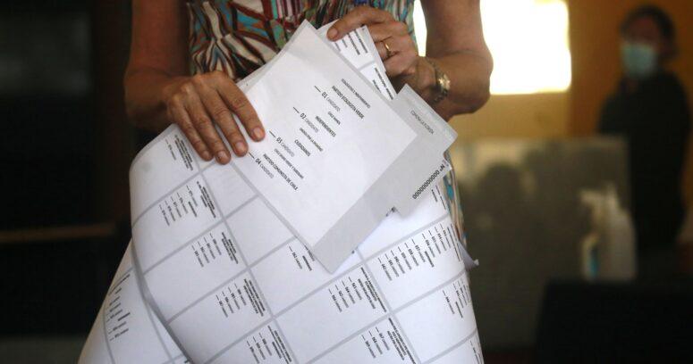 Conoce a los candidatos de cada distrito que buscan un cupo en la Convención Constitucional