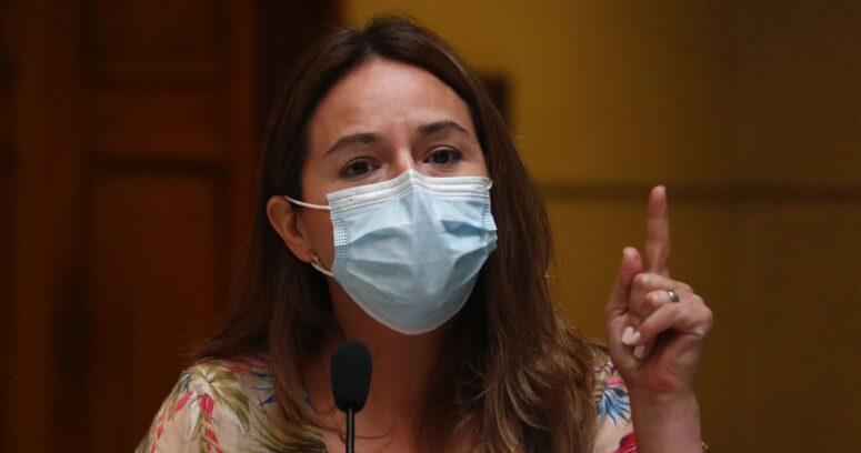 Comisión de Ética confirma sanción contra diputada Joanna Pérez por ir a un matinal