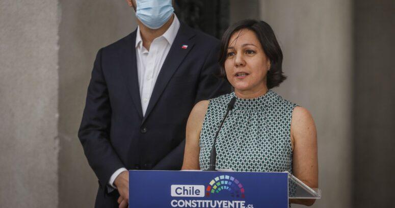 Javiera Parada recibe apoyos de la centroizquierda tras sumarse a equipo de Briones