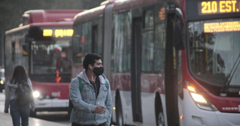 10 comunas de la Región Metropolitana no han logrado bajar la movilidad en al menos 20%