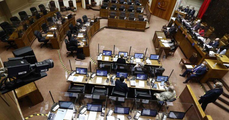 Senado verá este domingo postergación de elecciones y nuevo bono Clase Media