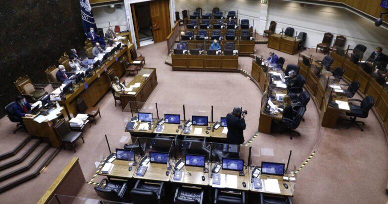 Senado discute la postergación de elecciones y entrega del Bono Clase Media
