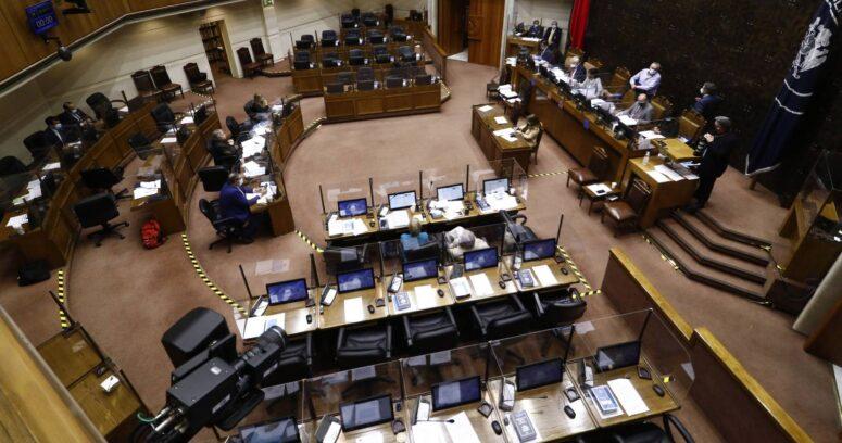 Senado aprobó en general postergar las elecciones para mayo