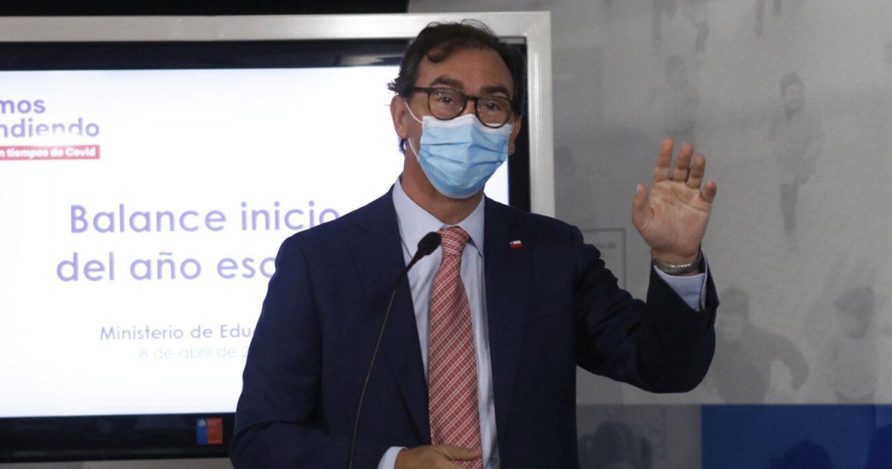 El titular de Mineduc también rechazó un proyecto de diputados opositores que busca impedir el regreso a clases. AGENCIA UNO/ARCHIVO
