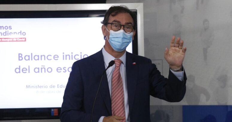 """Figueroa por reapertura de colegios: """"Se empezó a hacer política con esto de manera muy equivocada"""""""