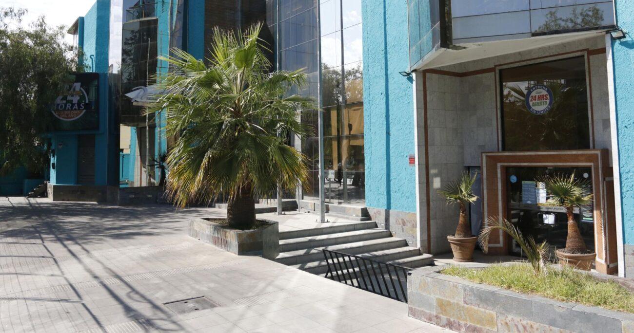 El recinto fue fiscalizado por personal municipal y Carabineros. (Agencia UNO)