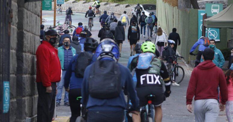 Ciclistas agreden a guardia del Parquemet por negarles subida al cerro San Cristóbal