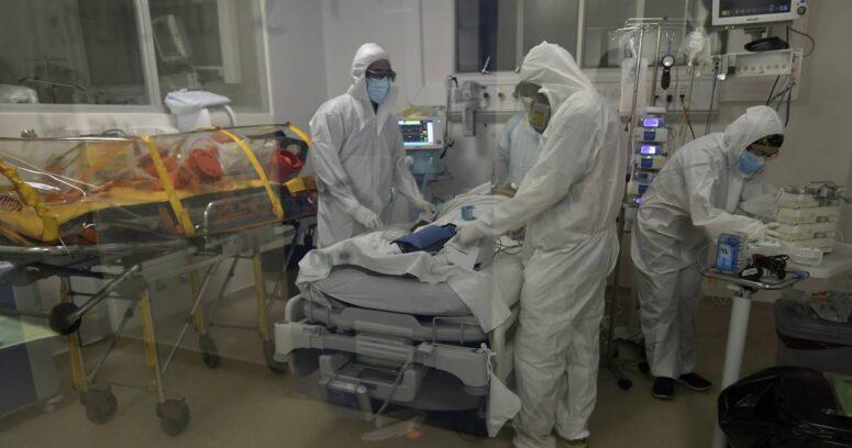 Argentina superó los 60 mil muertos por COVID-19 y ministra de Salud advierte que es el peor momento de la pandemia