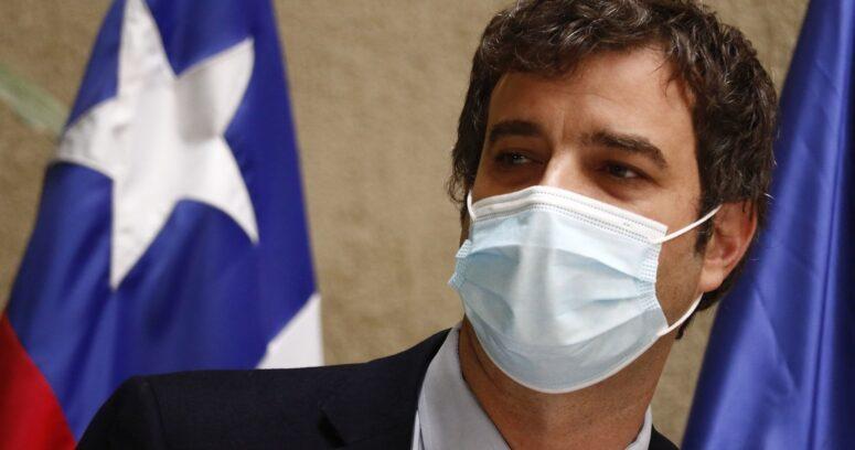 """Ministro Ossa responde a Guillier: """"No olvida que el presidente le ganó por millones de votos la elección"""""""