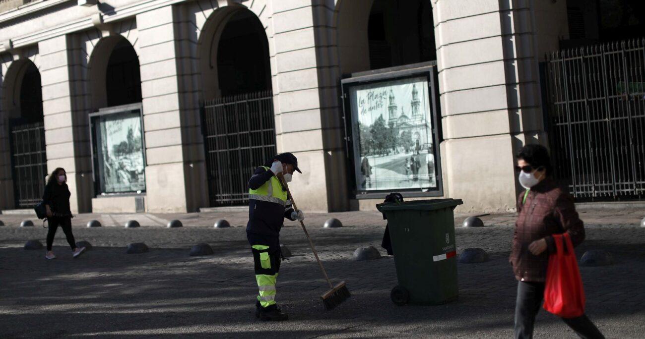 En la Región Metropolitana, la tasa de desocupación alcanzó el 12,1%. AGENCIA UNO/ARCHIVO