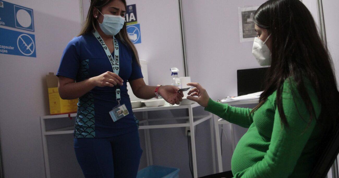 La vacunación a embarazadas comenzó con la fórmula de Pfizer/BioNTech. AGENCIA UNO/ARCHIVO