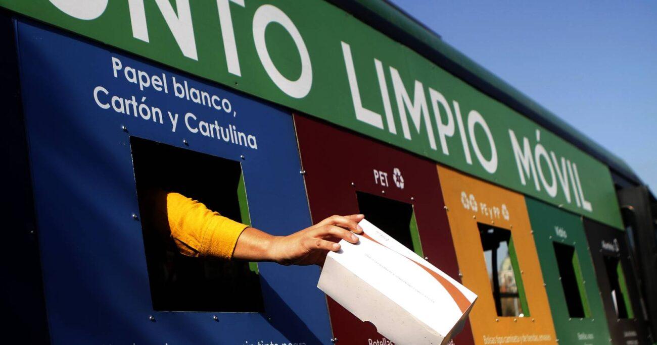 Con pequeñas acciones podemos ir aportando a esta tarea, como al ir aplicando las tres R: reciclar, reutilizar y rechazar. AGENCIA UNO/ARCHIVO
