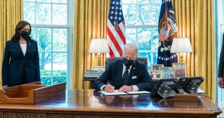 """""""Joe Biden planea aumentar impuestos a los más ricospara enfrentar crisis del coronavirus"""""""