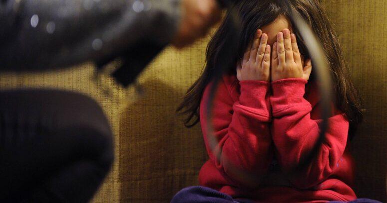 """""""Parricidio en Punitaqui: niño de 7 años murió tras recibir correazos de su madre"""""""