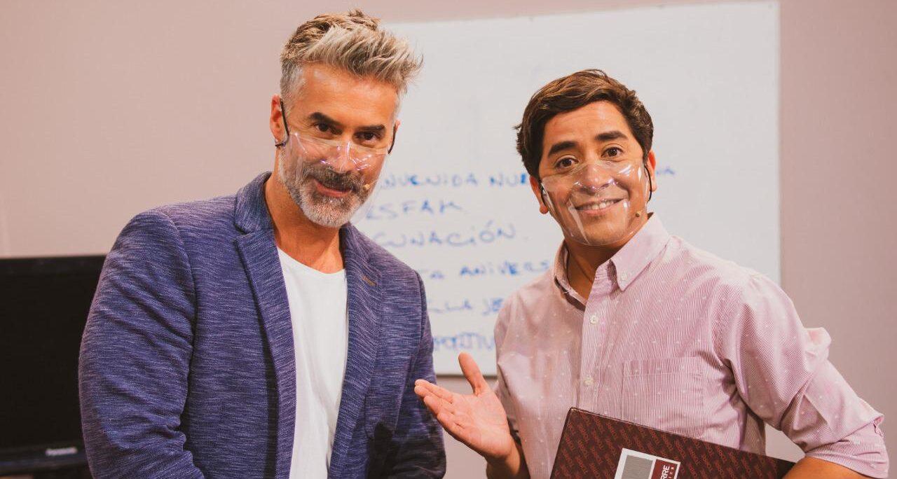 Cuenta con un elenco de artistas nacionales liderados por el actor Fernando Godoy, Carlos Díaz, Solange Lackington y Felipe Parra. MI BARRIO