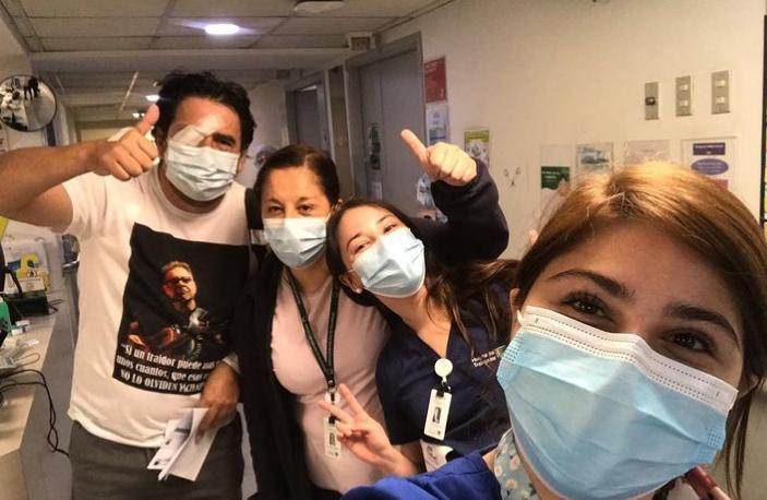 Producto de esta situación, Sánchez perdió la visión de su ojo derecho. Foto: Instagram Esteban Sánchez