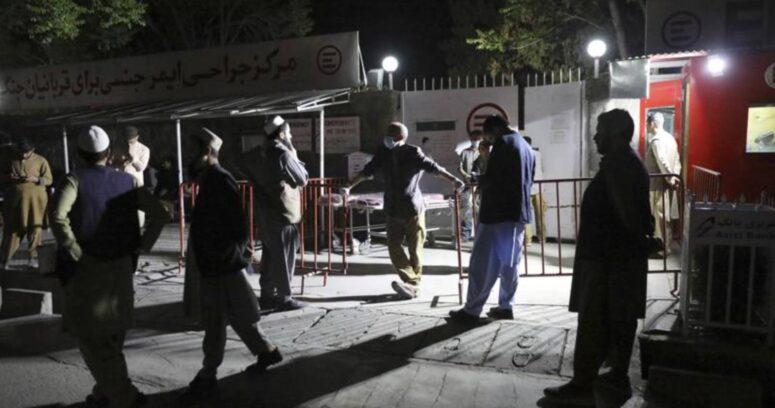 """""""Atentado con coche bomba deja al menos 27 muertos y 90 heridos en Afganistán"""""""