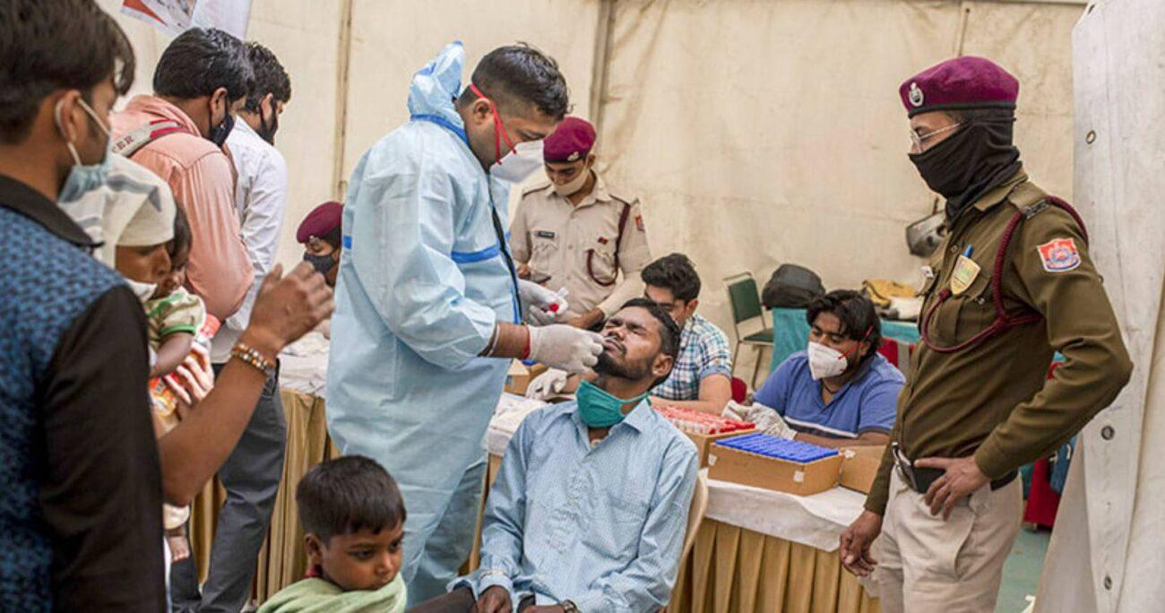 India se enfrenta a una explosión de casos.