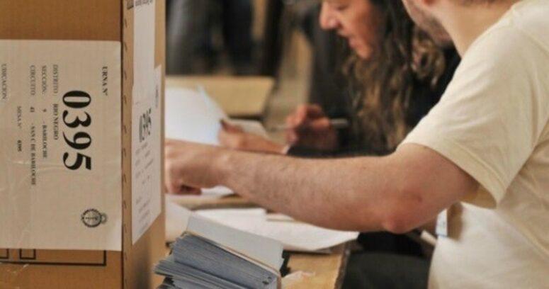 Argentina aplaza por un mes las elecciones primarias y legislativas por la pandemia
