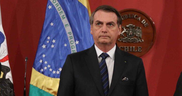 """Bolsonaro afirma que el """"delincuente"""" Lula sólo podría ganar las elecciones mediante fraude"""