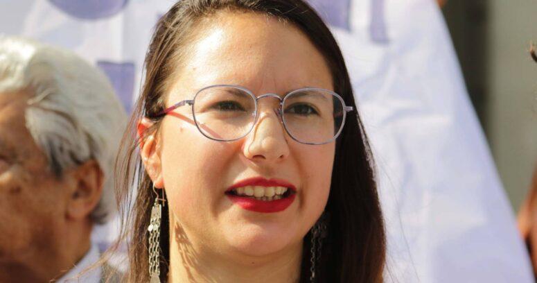 """""""Denuncian a Irací Hassler (PC) por realizar propaganda en las calles de Santiago"""""""