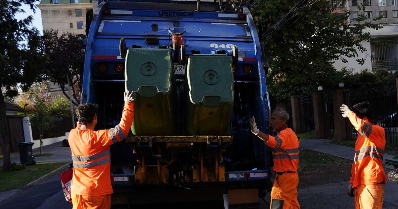 Tras la paralización de la empresa recolectora, el municipio procedió a recoger la basura con otra compañía. AGENCIA UNO/ARCHIVO