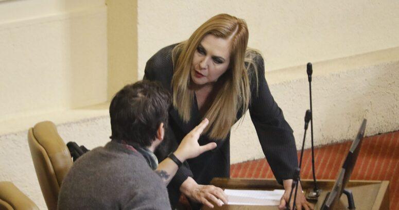 """Pamela Jiles se burla de Boric: """"Los nietitos los detestan"""""""