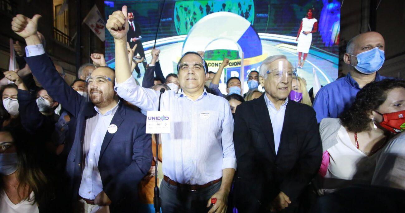 El secretario general del PH, Octavio González, abordó las reuniones de candidatos opositores a La Moneda convocadas por Carlos Maldonado.