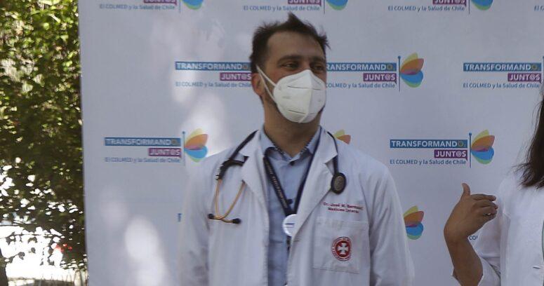 """Colegio Médico corrige el tono y anuncia que apoyará elecciones """"en la fecha que sea definida"""" por el Gobierno"""