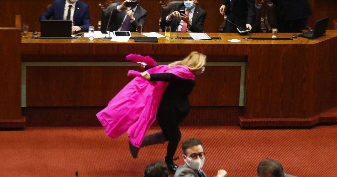 La diputada durante su performance en 2020. AGENCIA UNO/ARCHIVO