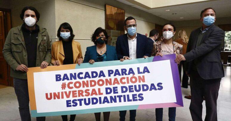 """""""Oposición buscará condonación universal de las deudas estudiantiles"""""""