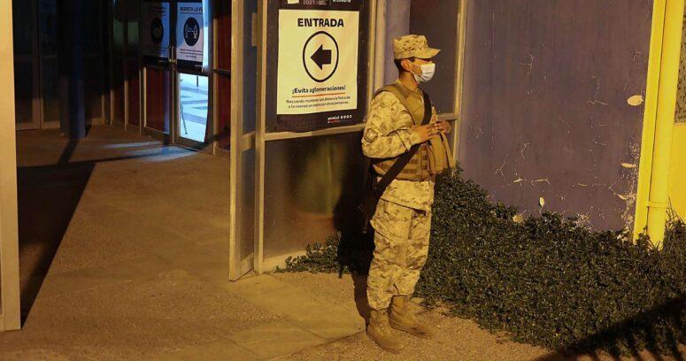 Delincuentes roban en local de votación custodiado por militares