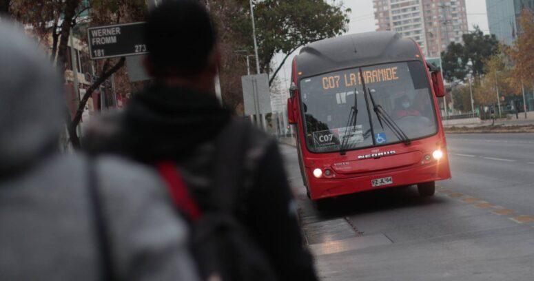 Los horarios en los que funcionará el transporte público durante esta noche en la Región Metropolitana