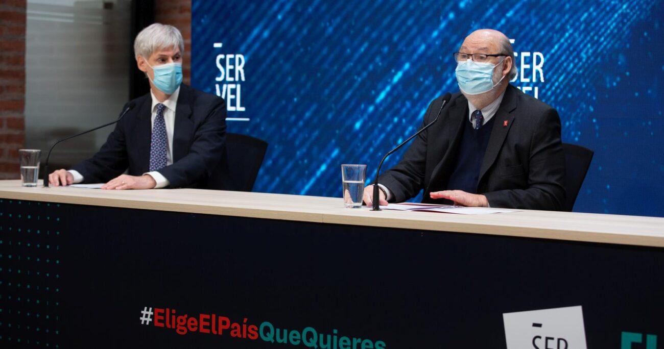 Raúl García y Andrés Tagle entregando el balance de las dos jornadas electorales. AGENCIA UNO