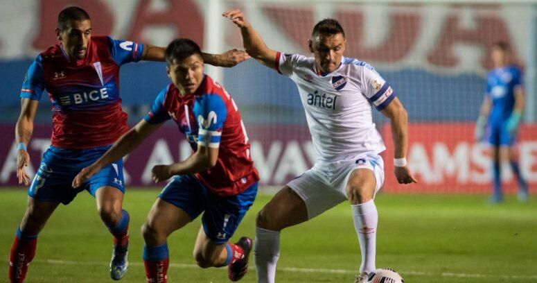 """""""Libertadores: UC cae en Uruguay y se jugará en Santiago su pase a octavos"""""""