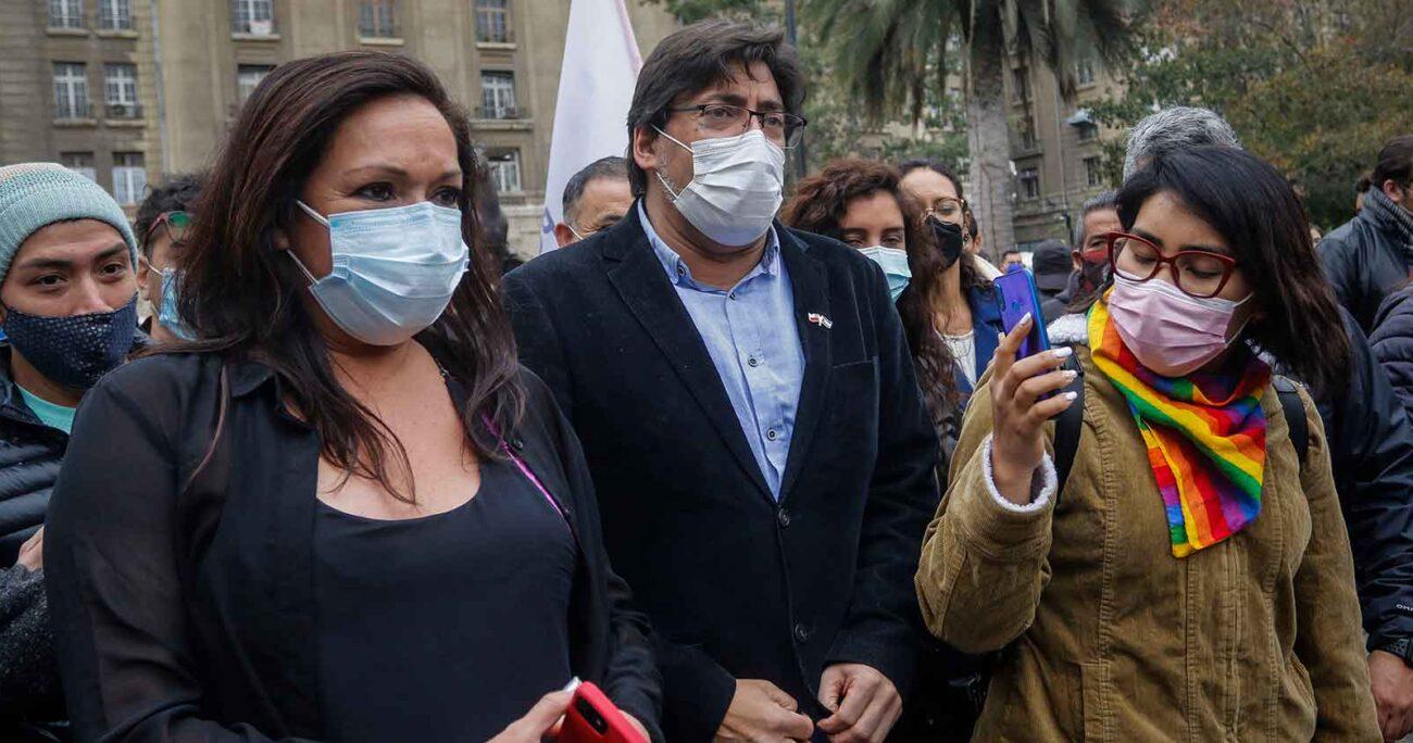 Daniel Jadue recorre Santiago Centro junto a dirigentes del PC. AGENCIA UNO