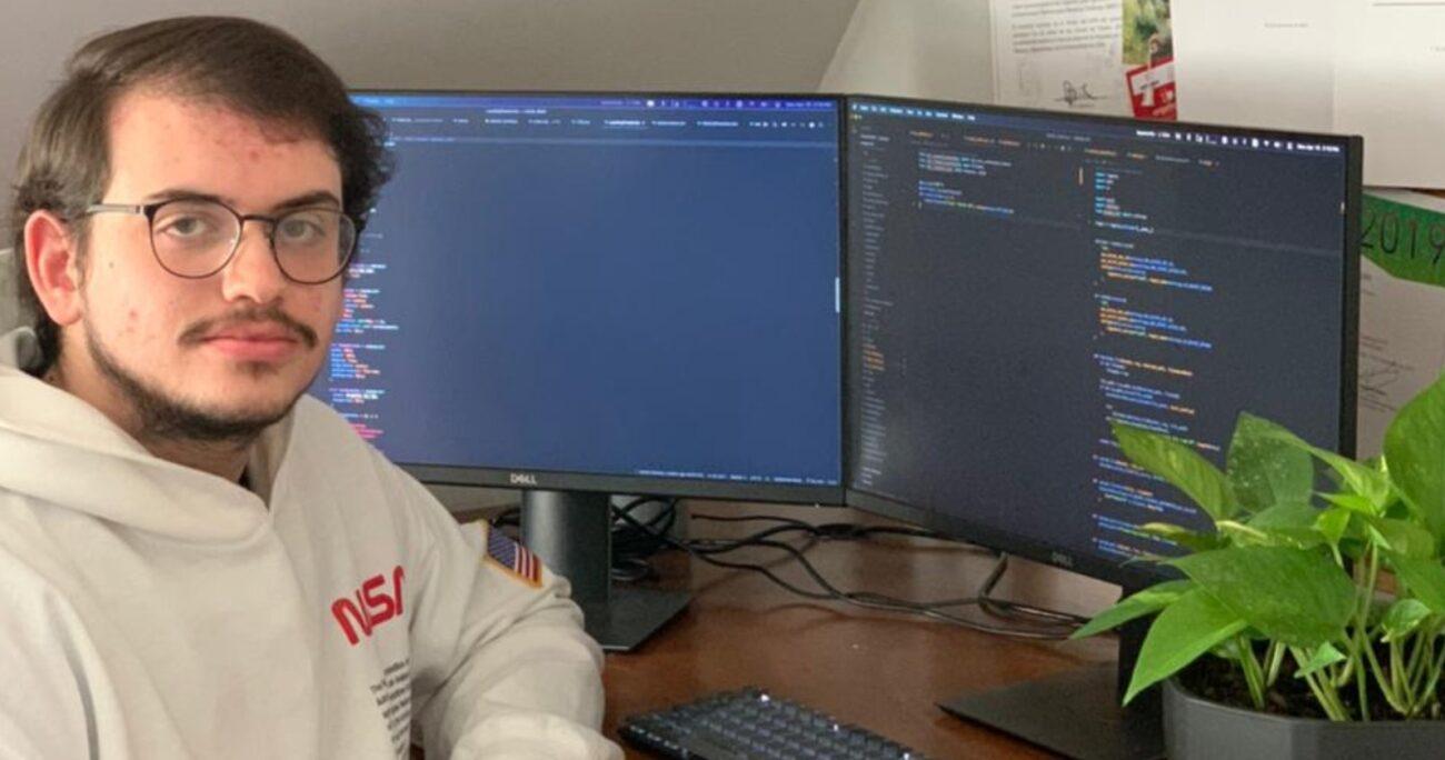 Ian Lee junto a su socio Andrés Kemeny han trabajado juntos desde los 17 años en emprendimientos centrados en la programación.
